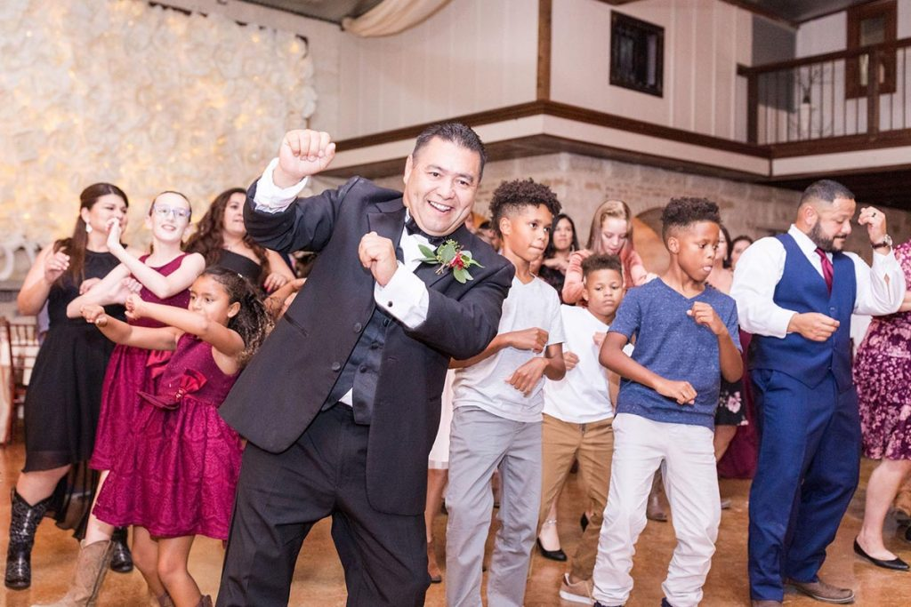 Guest dancing at Amanda and Edwin's wedding