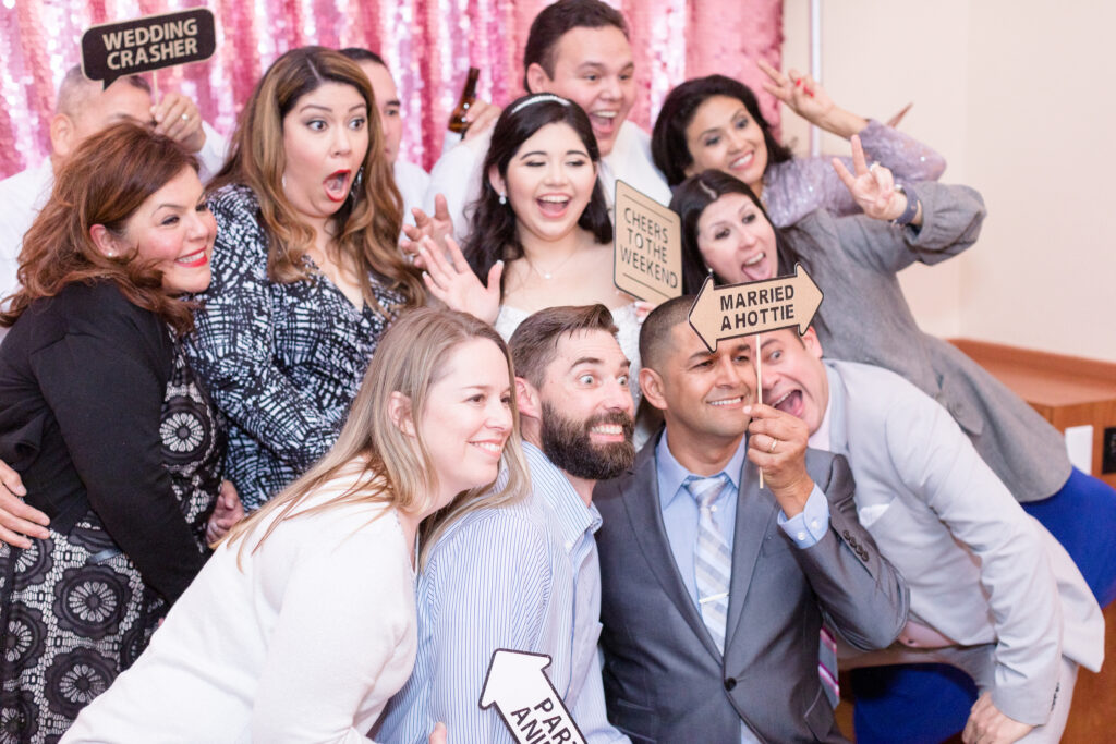 Wedding photo booth group photo